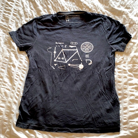 Banana Republic T-Shirt - Medium - Like New
